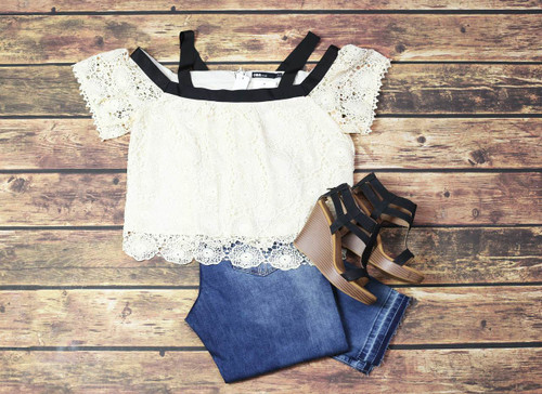 Casual Lace Outfit
