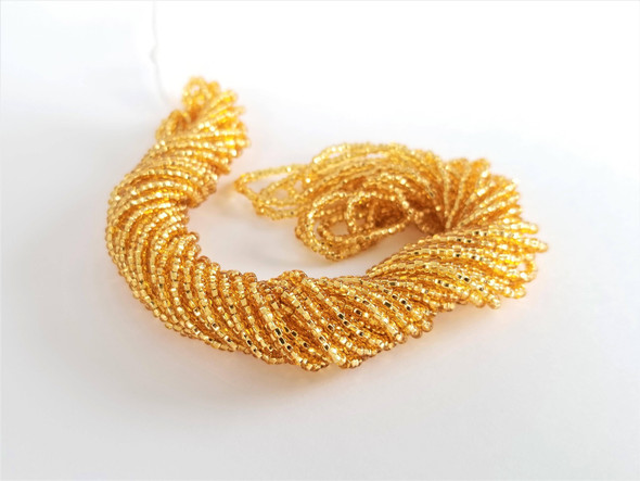 10/0 Seed Beads Silver Lined Light Topaz