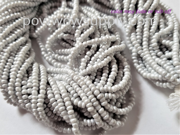 11/0 Seed Beads Pearl Matte Ice