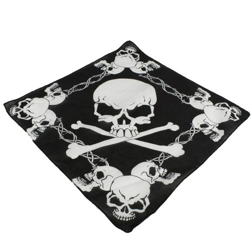 SKULLS BARBED WIRE BANDANA
