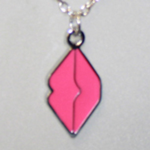 Wholesale kiss, lips necklace
