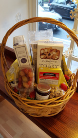Cheesy Gift Basket Medium