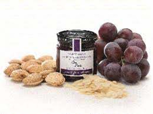 Can Bech Black Grapes with Majorcan Sliced Almonds
