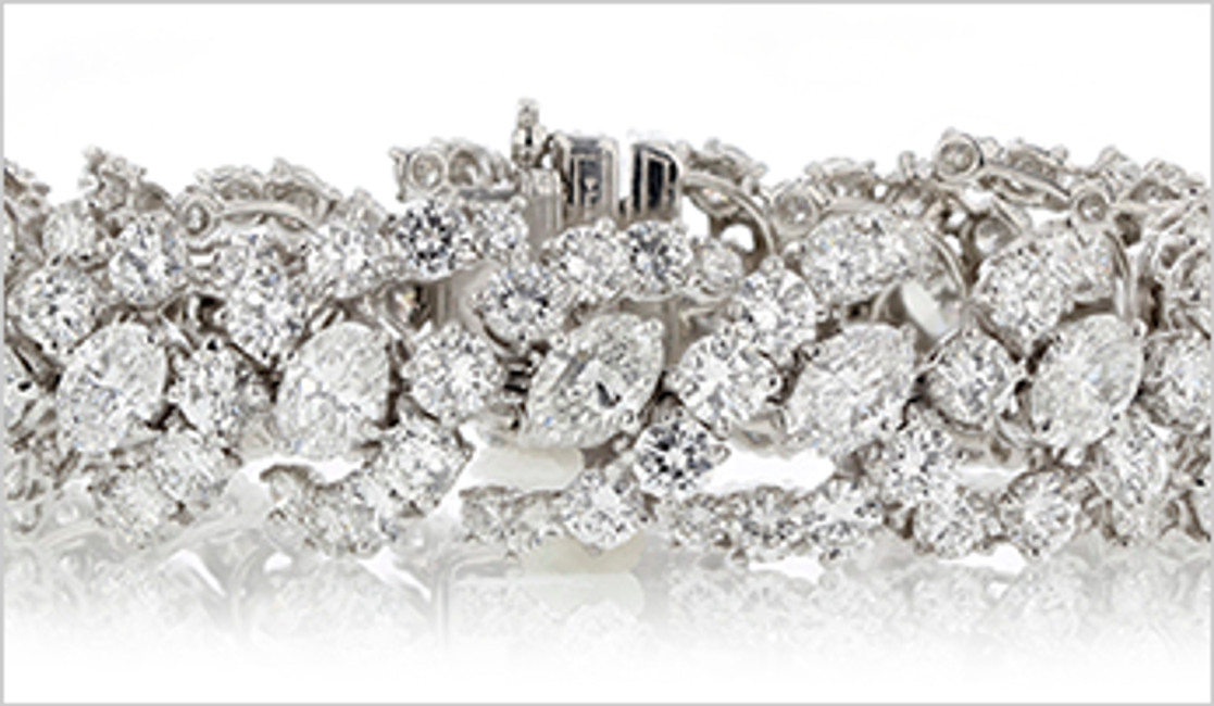 Why More People Are Buying Estate Jewelry