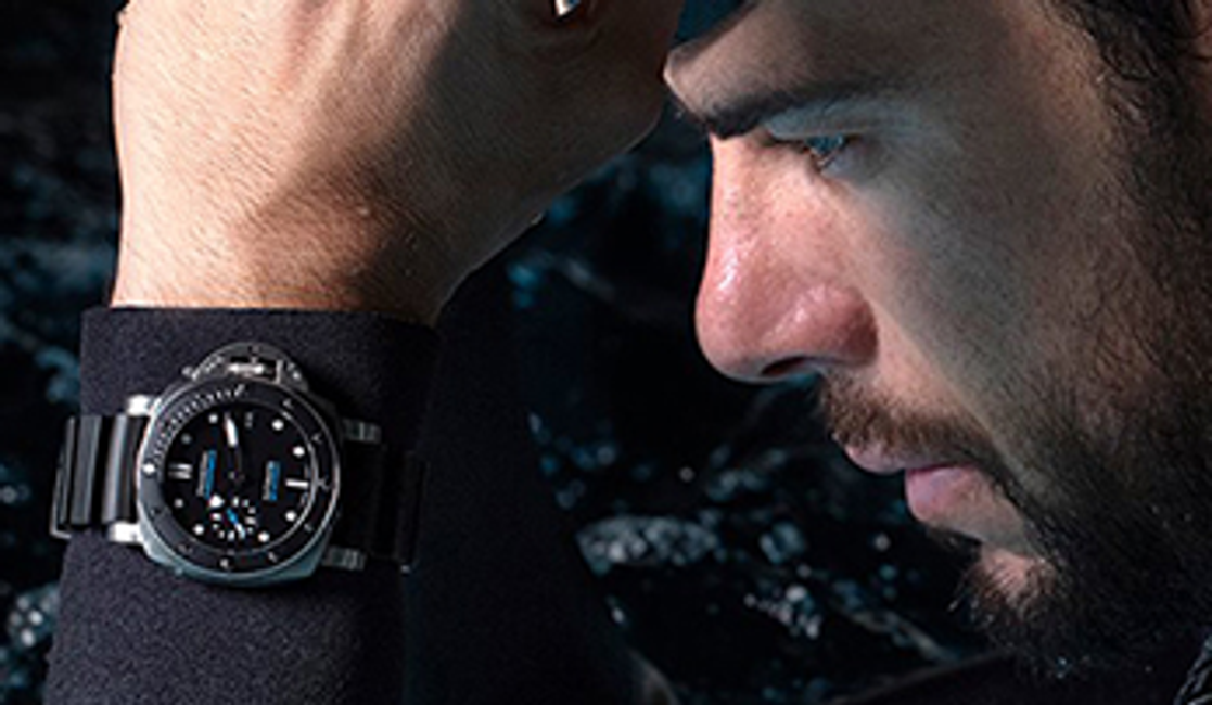 Nine Advantages of Wearing a Watch Over Using a Smartphone
