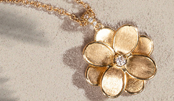 Flower Power: Luxury Jewelry with a Floral Flair