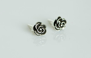 AamiraA 925 Sterling Silver Rose Antique Look Stud Earrings