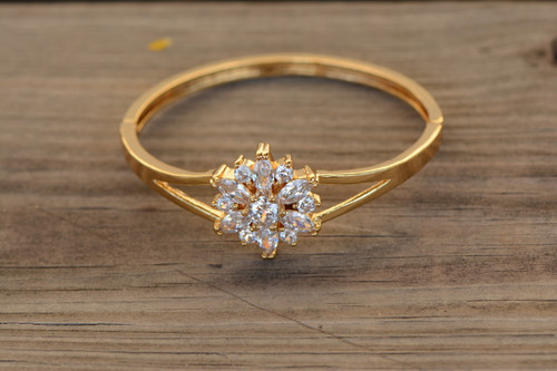 18K Gold White Flower Zircon AAA Designer Women Brass Bracelet