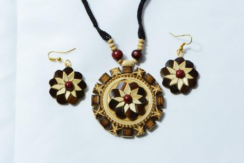 AamiraA Fine Handcrafted Bamboo Flower Designer Jewelry Set