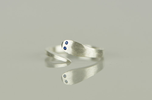925 Sterling Silver Cute Snake Blue Cubic Zirconia eyes Resizable Ring