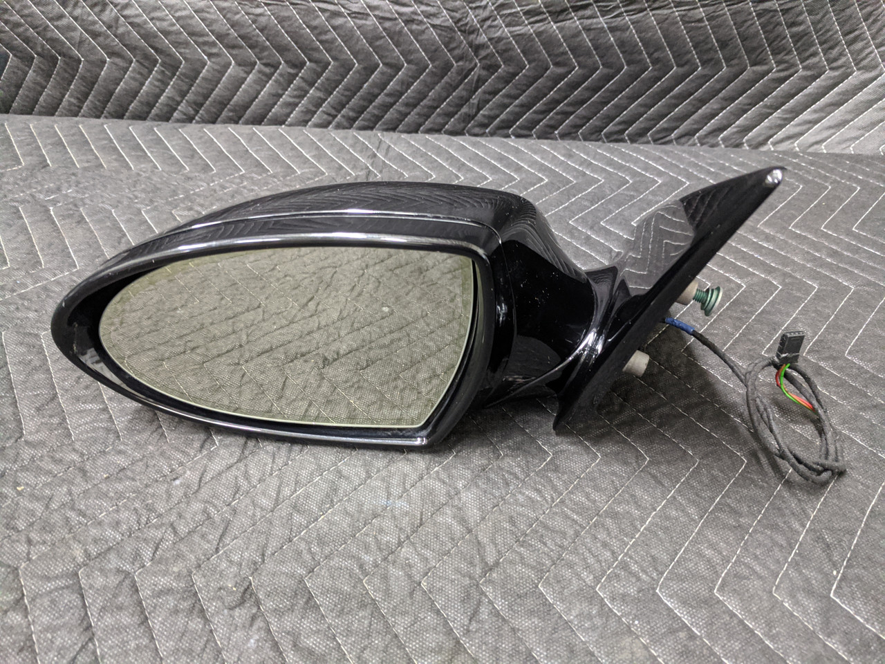 BMW E63/E64 M6 Side View Mirror Left Driver 8041125