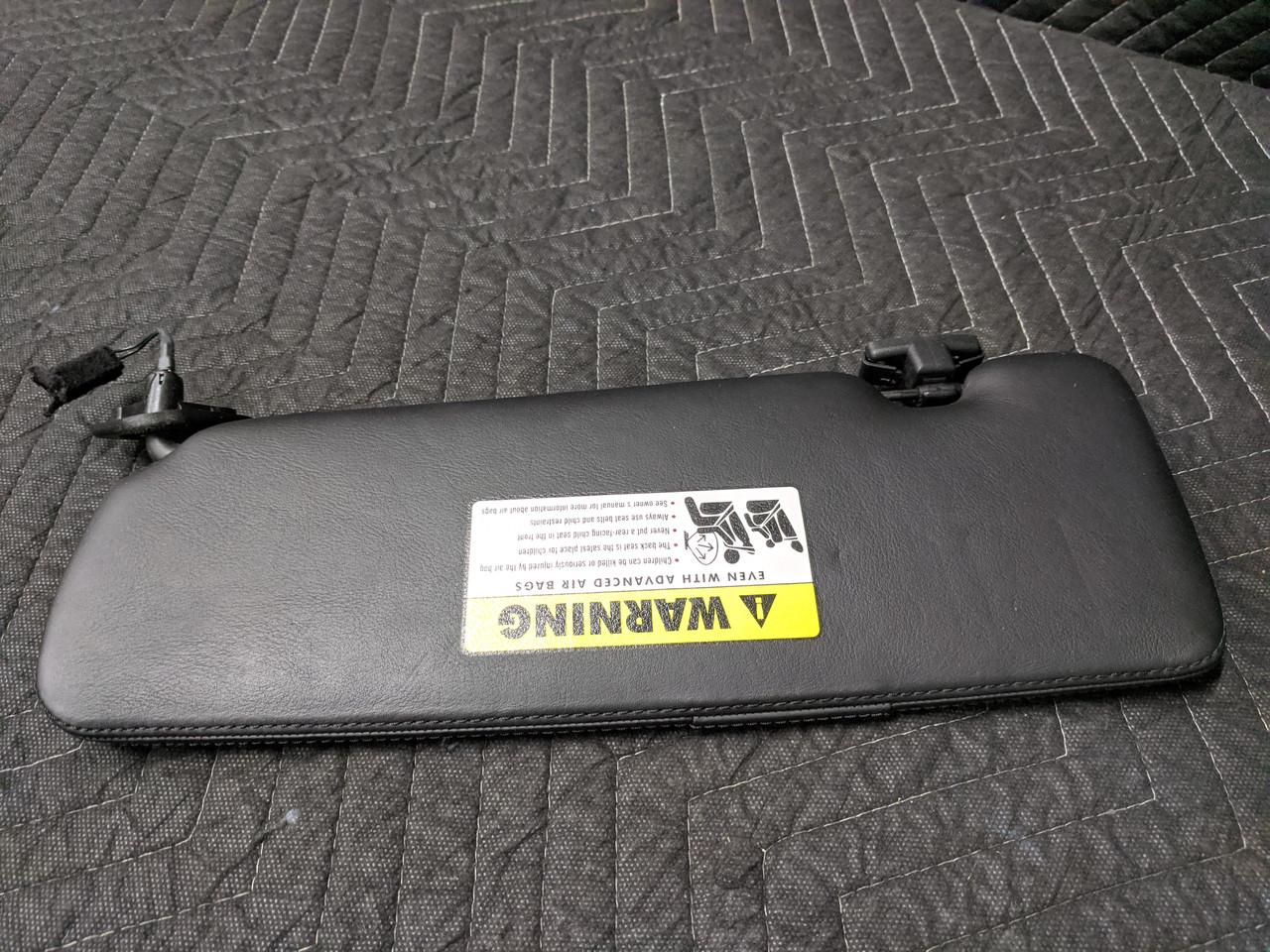 BMW E64 M6 Sun Visor Right Driver Schwarz 51167894970