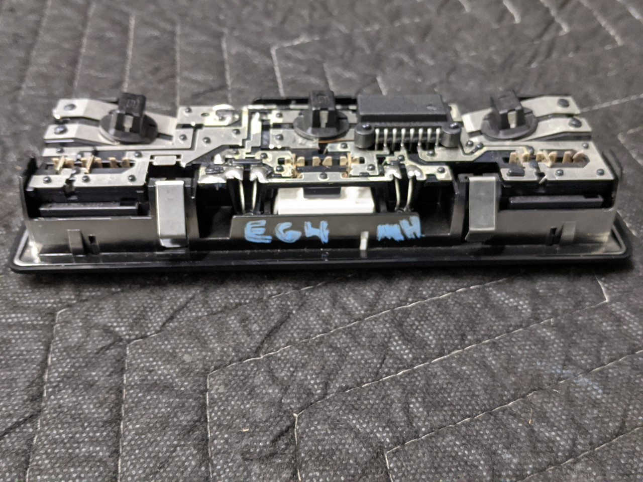 BMW E63/E64 M6 Interior Reading Light Front 63316962010