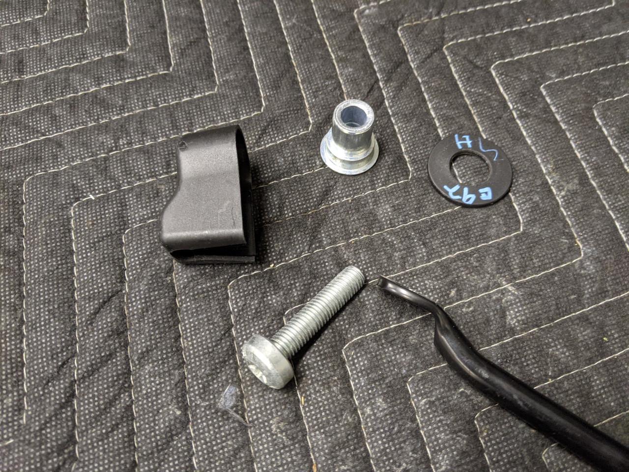 BMW E92 3-Series Coupe Seatbelt Sliding Bracket 72117119385