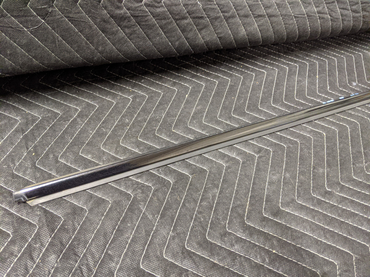 BMW E92/E93 3-Series Coupe Convertible Upper Door Trim Right Passenger 51337119080
