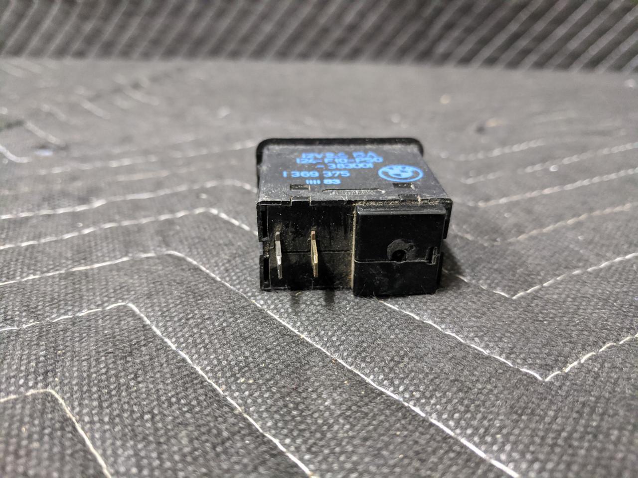 BMW E23/E24/E28/E30 Circuit Breaker Switch 61311369375