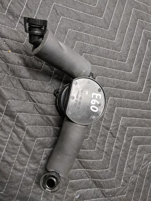 BMW E53/E60/E70 X5 Crankcase Vent Hose Cylinders 1-4 11617563476