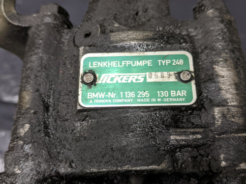 BMW E32 7-Series Power Steering Pump Vickers 32411136295