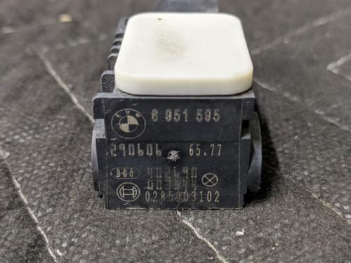 BMW E60/E61/E65/E66/E85/E90 Accelerating Impact Sensor 65776951595