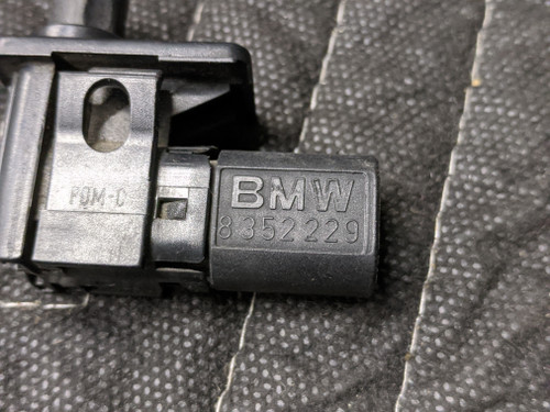 BMW E38/E39 /E46 Hood Open Alarm Contact Switch 61318352229