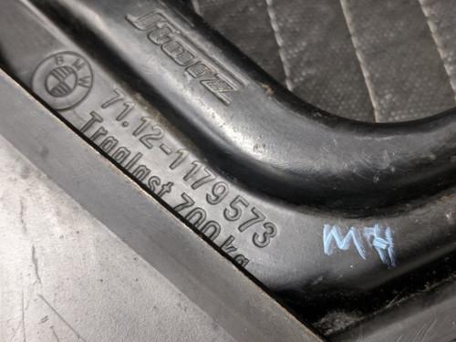 BMW E30 3-Series Emergency Lifting Jack 71121179573