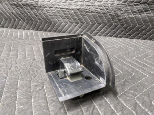 BMW E39/E46/E61/E83 Right Rear Cargo Covering Catch 51477026710