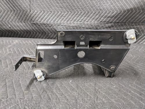 BMW E90/E91/E92/E93 3-Series Charcoal Canister Bracket 16136768644