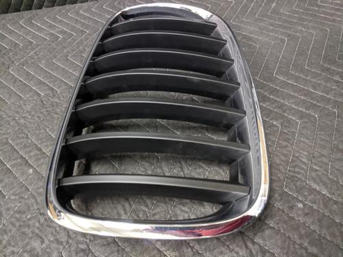 BMW E70/E71 X5 X6 Kidney Grill Left 51137157687