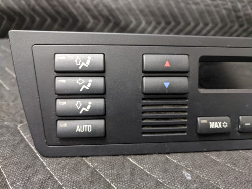 BMW E53 X5 Automatic Air Conditioning Control 64116902560