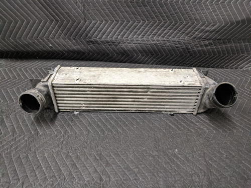 BMW E90/E91/E92/E93 Turbo Charge Air Intercooler 17517540035