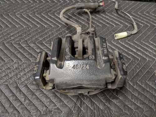 BMW E60/63/E64/E82/E90/E92/E93 M3 M5 M6 Rear Right Brake Caliper 34212283164