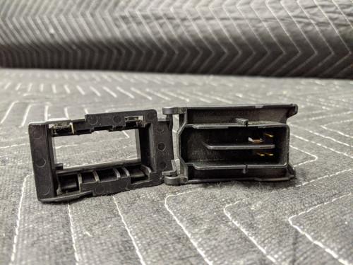 BMW E46/F15/F16/F85/F86 OBD Cover Socket 61136901665