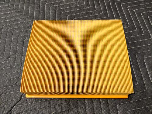 BMW E31/E32/E34/E38/E39 Air Filter 13721702158