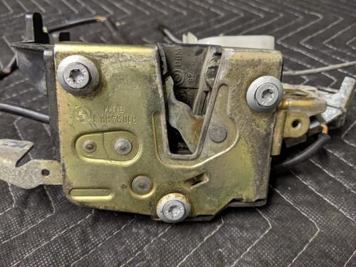 BMW E30 3-Series Convertible Door Lock With Actuator Bracket Left Driver 51218103483