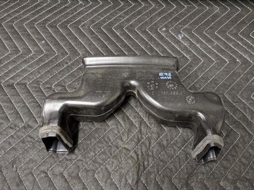 BMW E90/E91/E92/E93 3-Series Heater Duct Rear Intermediate 64227119403