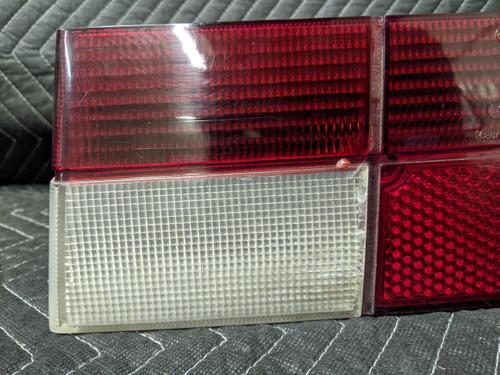 BMW E24 6-Series Taillight Lens Right Passenger 63211361884