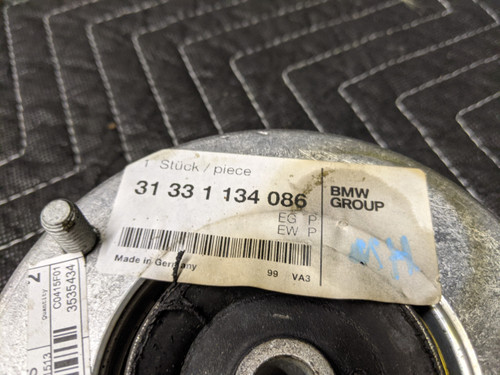BMW E32 7-Series Front Strut Mount 31331134086