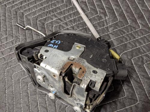 BMW E53 X5 Door Lock Actuator Front Left Driver 51218402537