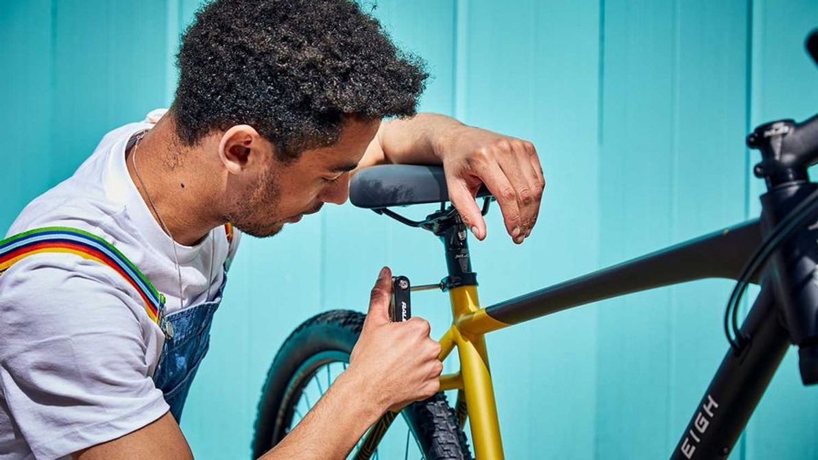 7 Basic Bike Maintenance Tips for All Cyclists