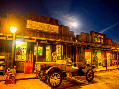 Main Street - Robson Arizona Mining World