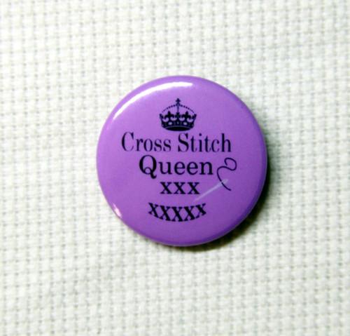 Cross Stitch Queen needle minder purple