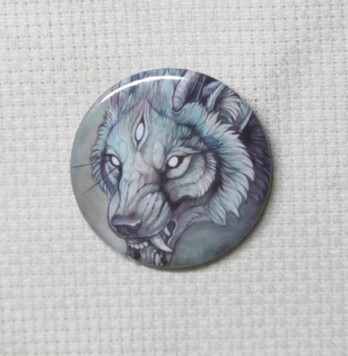 Wolf Creature I needle minder - Marlene Musiol