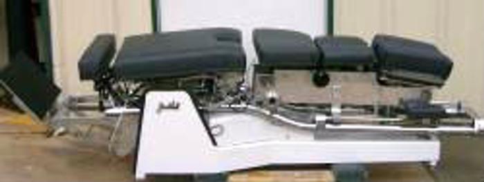 Used Zenith II 440 Hylo Chiropractic Table