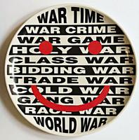 Barbara Kruger,  War Platter