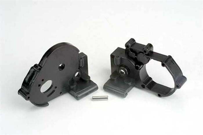 Traxxas Gearbox halves (l&r) (black) w/ idler gear shaft, 3691