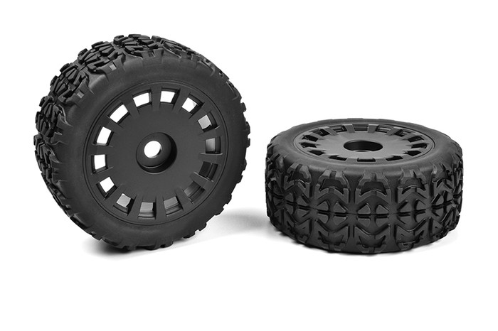 Team Corally 1/8 Off-Road Tracer Truggy Tires on Black Rims, C-00180-613