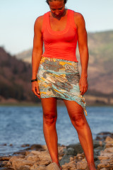 Sunrise Top in Coral Song