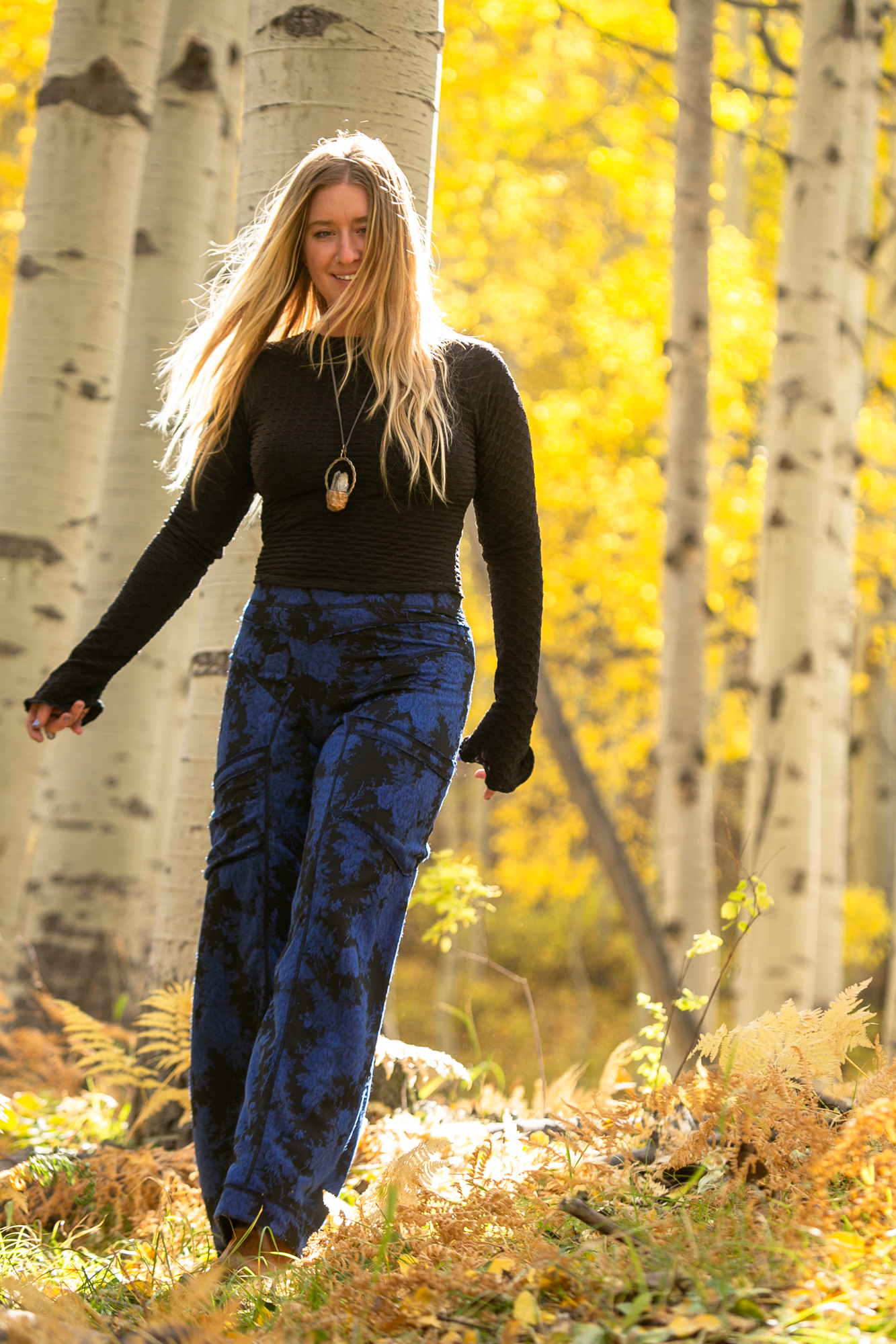 Daphne pant is constructed from a wickaway synthetic print, 16 panels serged together then cover stitched in contrasting thread featuring large pockets  Comfort Fit. Order true to size