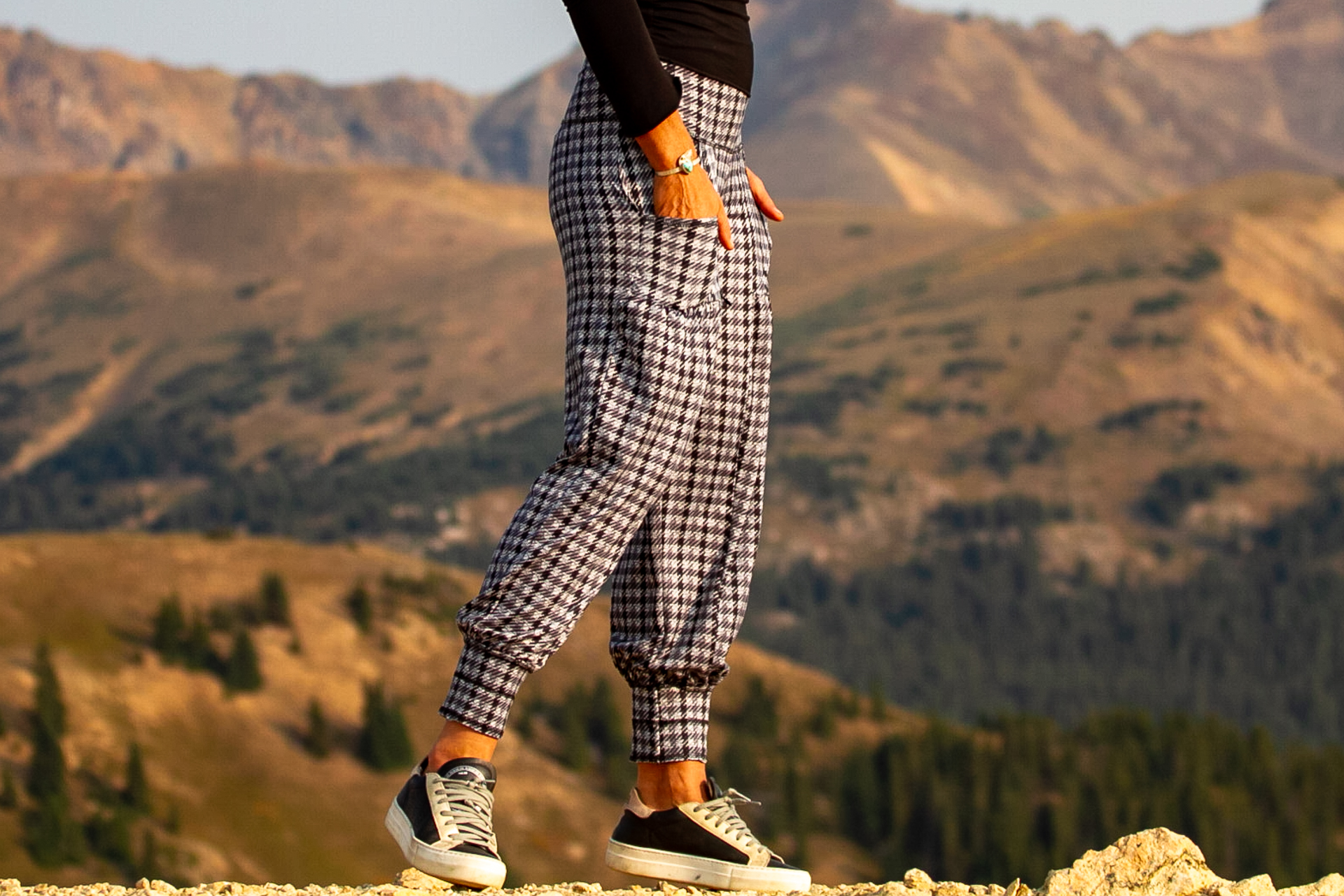 Dreamer Pant in Touch of Grey