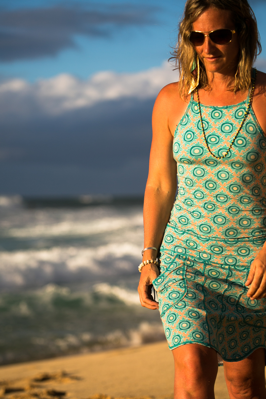 Warrior Tank in Teal Daisy